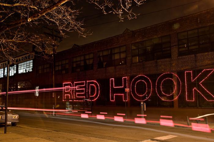 Carol Dragon, Red Hook, Bus Lights