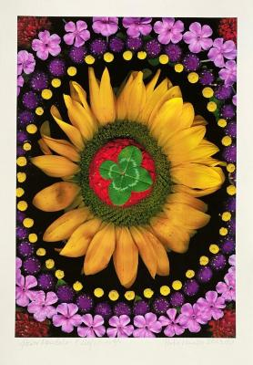 Portia Munson, Flower Mandala: 4-Leaf Clover